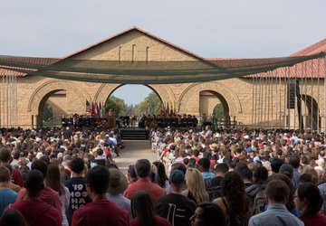 convocation on the stanford main quad
